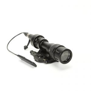 M952V QD Quick Release Tactical Rifle Flashlight Mount Weapon Lights with 400 Lumens For Rifle And SMG White And IR Output